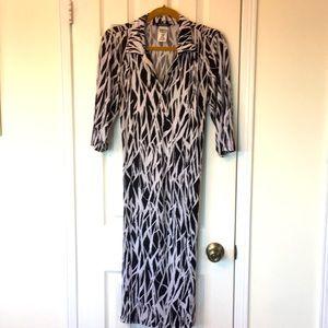 Gorgeous Pennington's belted MIDI Dress